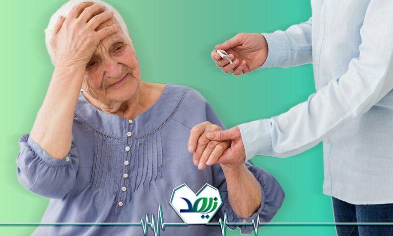 پایین آوردن تب سالمندان